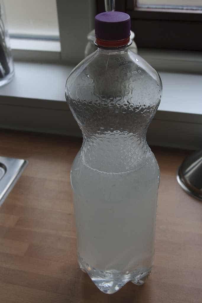 fles goed schudden